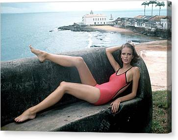 Hands Behind Head Canvas Print - Cheryl Tiegs Wearing A Elio Berhanyer Swimsuit by Kourken Pakchanian
