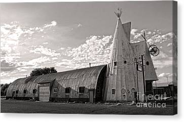 Cheyenne Wyoming Teepee - 02 Canvas Print by Gregory Dyer