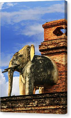 Canvas Print featuring the photograph Chiang Mai Elephant by Rob Tullis