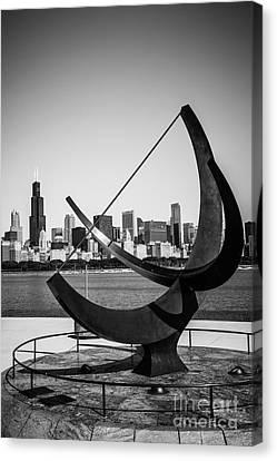 Chicago Adler Planetarium Sundial In Black And White Canvas Print