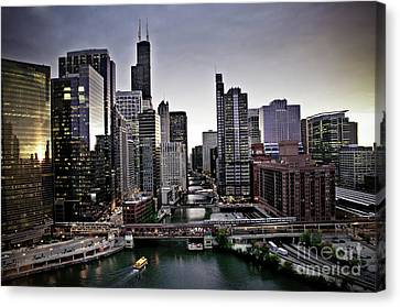 Chicago At Dusk Canvas Print by Linda Matlow