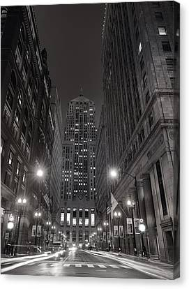 Chicago Board Of Trade B W Canvas Print by Steve Gadomski