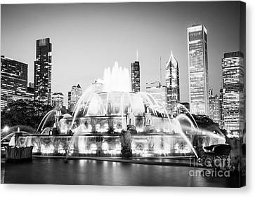 Chicago Buckingham Fountain Black And White Picture Canvas Print by Paul Velgos
