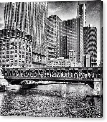 Wells Street Bridge Chicago Hdr Photo Canvas Print by Paul Velgos