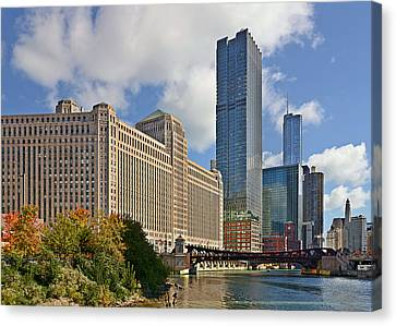 Chicago Merchandise Mart Canvas Print by Christine Till