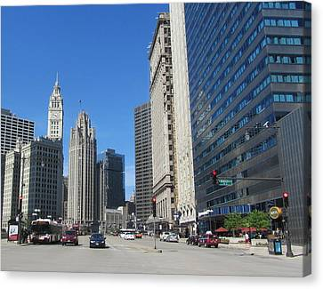Chicago Miracle Mile 2 Canvas Print by Anita Burgermeister