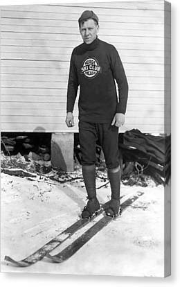Chicago Norge Ski Club Member Canvas Print by Underwood Archives