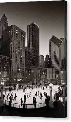 Chicago Park Skate Bw Canvas Print by Steve Gadomski