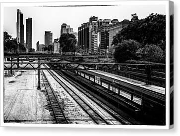 Canvas Print featuring the photograph Chicago Rail by James Howe