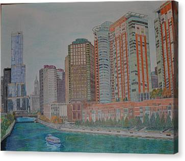 Chicago River And The Trump Tower Canvas Print by Dave Smith