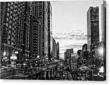 Chicago River Hdr Bw Canvas Print