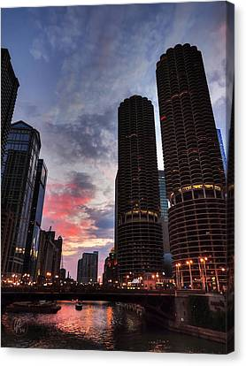 Chicago River Sunset 003 Canvas Print by Lance Vaughn