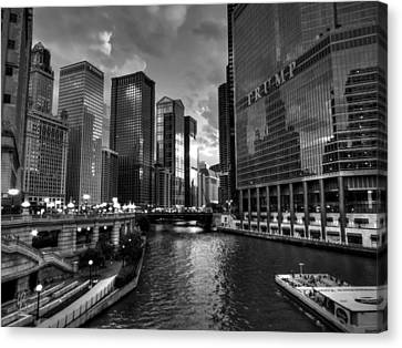 Chicago River - The Mag Mile 001 Bw Canvas Print by Lance Vaughn