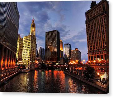 Chicago River Twilight 001 Canvas Print by Lance Vaughn