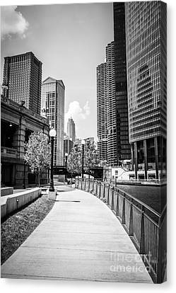 Chicago Riverwalk Black And White Picture Canvas Print
