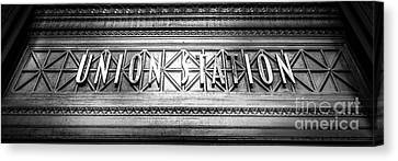 Chicago Union Station Sign Panorama Photo Canvas Print by Paul Velgos