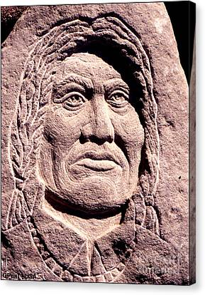 Chief-gall Canvas Print by Gordon Punt