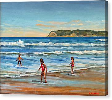 Children At Play Coronado Beach Canvas Print by Robert Gerdes