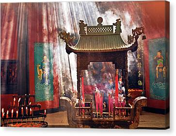 China, Hangzhou, Lingyin Buddhist Canvas Print