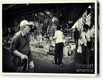 Chinatown Streetlife New York City Canvas Print