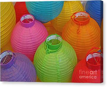Chinese Lanterns Canvas Print by Ranjini Kandasamy