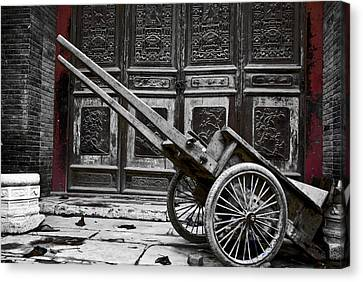 Chinese Wagon In Black And White Xi'an China Canvas Print by Sally Ross