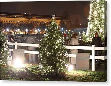 Christmas At The Ellipse - Washington Dc - 01132 Canvas Print by DC Photographer