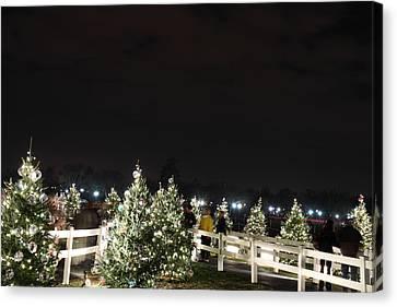 Christmas At The Ellipse - Washington Dc - 01136 Canvas Print by DC Photographer