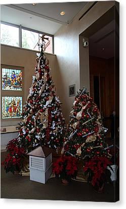 Christmas Display - Mt Vernon - 01132 Canvas Print by DC Photographer