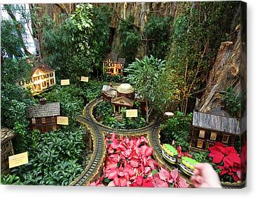 Christmas Display - Us Botanic Garden - 011346 Canvas Print by DC Photographer