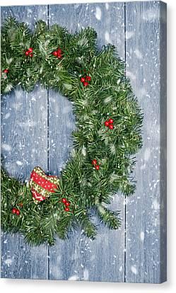 Christmas Garland Canvas Print by Amanda Elwell