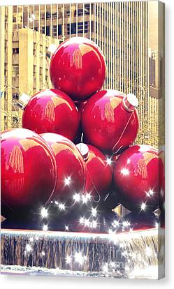 Christmas In New York Canvas Print by Sophie Vigneault