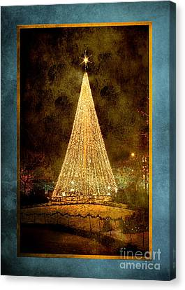 Christmas Tree In The City Canvas Print by Cindy Singleton