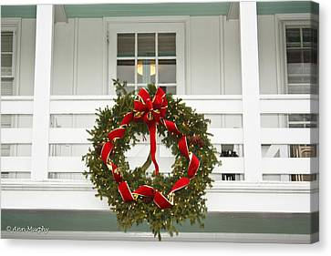 Canvas Print featuring the photograph Christmas Wreath by Ann Murphy
