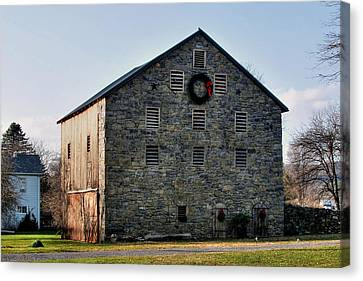 Canvas Print featuring the photograph Christmastime At The Probst Stone Barn by Gene Walls