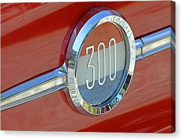 Chrysler 300 Canvas Print by Susan Leggett