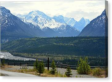 Chugach Mountains Canvas Print by Andrew Matwijec