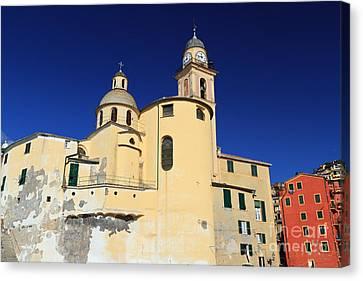 Canvas Print featuring the photograph Church In Camogli by Antonio Scarpi