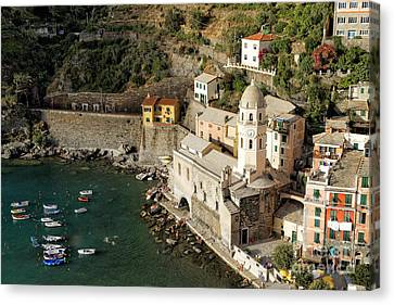 Church In Vernazza  Canvas Print