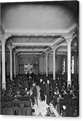 Church Service In Sing Sing Canvas Print by Underwood Archives
