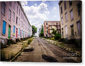 Cincinnati Glencoe-auburn Place Image Canvas Print by Paul Velgos