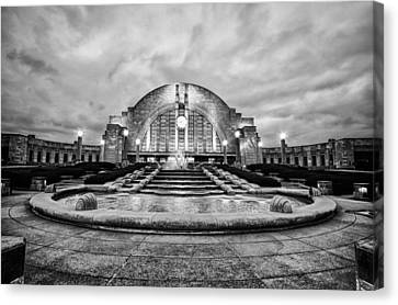 Canvas Print featuring the photograph Cincinnati Union Terminal by Cathy Donohoue