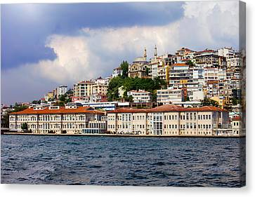 City Of Istanbul Cityscape Canvas Print by Artur Bogacki