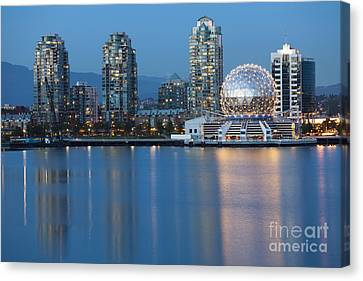 City Skyline -vancouver B.c. Canvas Print
