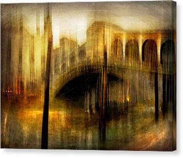 Canvas Print featuring the photograph Cityscape #22. Venetian Bridge by Alfredo Gonzalez