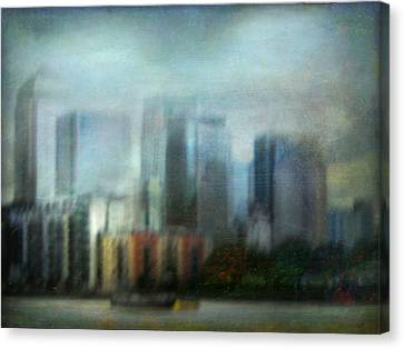 Canvas Print featuring the photograph Cityscape #26 by Alfredo Gonzalez