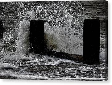 Clacton Seaside Canvas Print by Martin Newman
