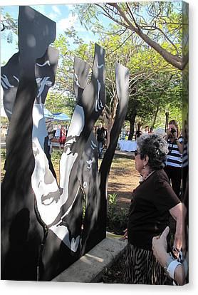 Claribel Alegria Admires Herself Canvas Print