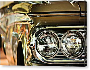 Canvas Print featuring the photograph Classic Car by Tammy Schneider