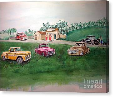 Classic Pickups At Charlies Service Canvas Print by Charlie Wendt